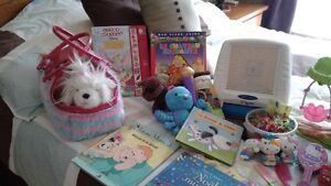 Beau lot de jouets pour enfant de 4 à 9 ans!  Vaut la peine!