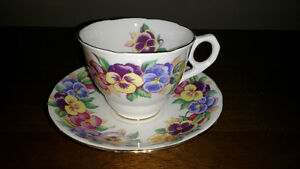 Bone China cups and saucers and creamer and sugar REDUCED Sarnia Sarnia Area image 9