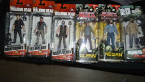 Lot of Walking Dead Figures new in package