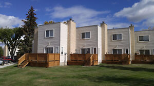3 Bedroom 2 Story Townhouse for Rent Millwoods