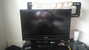 Samsung Flat screen TV for sale