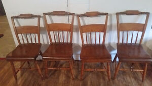 Set of 4 Pillow back antique chairs