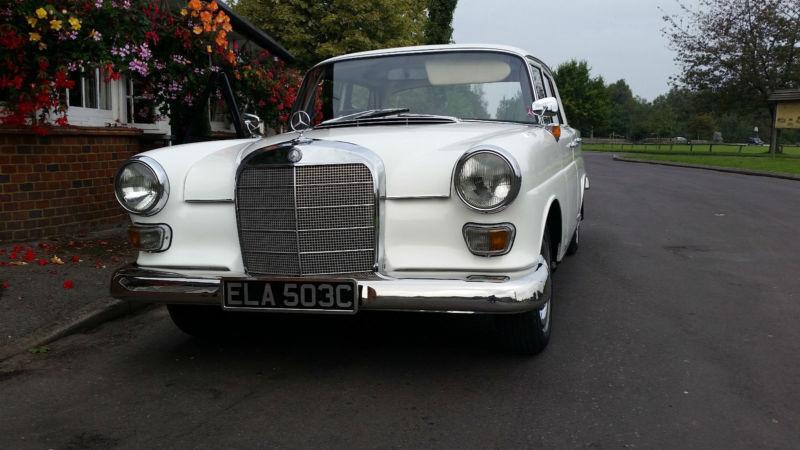 Mercedes-Benz 190C Saloon, Fin Tail