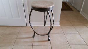 DECORATIVE STAND METAL AND STONE