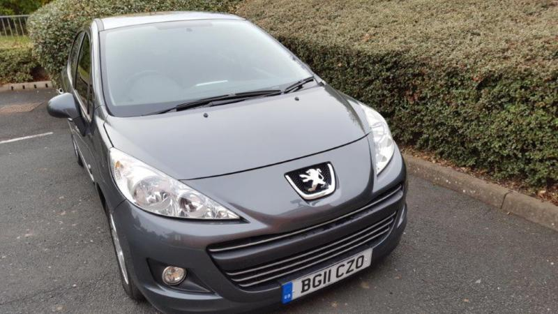 peugeot 207 1 4 envy sh warranty bluetooth ac alloys in hereford herefordshire gumtree. Black Bedroom Furniture Sets. Home Design Ideas