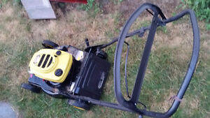 SELF PROPELLED GAS LAWN MOWER, 2 CHAIN SAWS i DELIVER LOCALLY