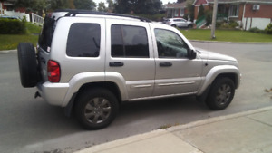 Jeep Liberty Limited 2002 - Impéccable