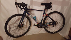 Like NEW Liv Brava SLR bicycle by Giant