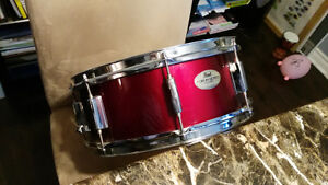 Snare  Pearl + stand (  Caisse Claire Pearl  )