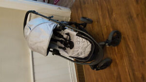 City Versa and Peg Perego 4-35 car seat