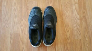 Nike Size 8 Men's Golf shoes