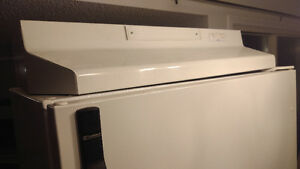 Kenmore Electric Stove White (+Fridge, Washer/Dryer, Dishwasher) Kitchener / Waterloo Kitchener Area image 3