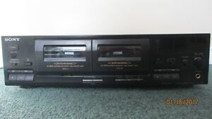 GOOD DEAL! Sony Stereo Cassette Deck TC-WR465