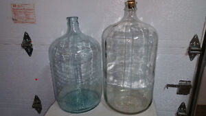 Carboys for wine making / pour vin