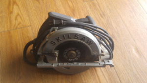 Like new condition Skilsaw used once $80
