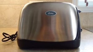 Toaster - Oster (for toast or bagel)