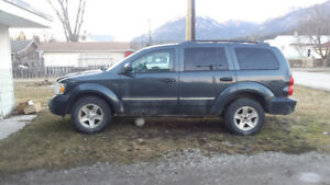 2007 Dodge Durango for parts/repair $450 or best offer