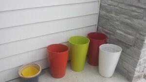 Pots décoratifs pour  plantes.