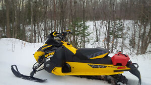 2014  SKIDOO MXZ XRS 800R ETEC WITH RER ELECTRIC START