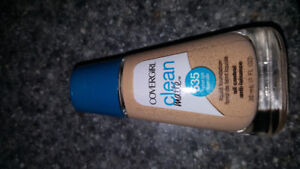 Covergirl foundation and eyeshadow pallet