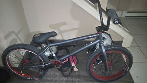 2010 kink liberty bmx (brakeless)