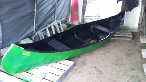 Canot 14 pieds fibre de verre