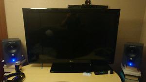 """42"""" LG 1080p HD  Cinema 3D LED TV."""