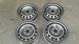 Rims gently used on a Honda Pilot