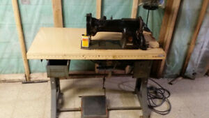 Antique Industrial  SINGER Sewing Machine for sale