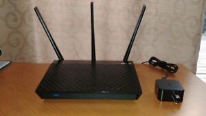 ASUS RT-AC66U Router - under warranty, used 1 week only