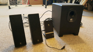 Logitech X240 speakers and sub