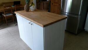 îlot de cuisine comptoir en bois