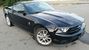 2011 FORD MUSTANG BLACK ON BLACK LEATHER