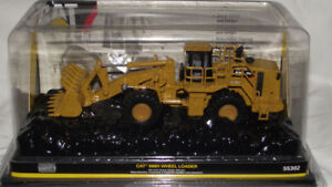 """NORSCOT DIECAST 1/64"""" SCALE 988H CAT LOADER"""