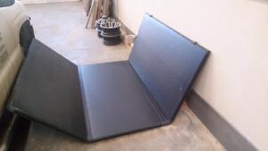 8' Folding hard top tonneau cover