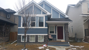 3 bedroom house Ravenswood, Airdrie. Avail Mar 15