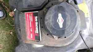 Lawnmower and weed wacker $50.00 gas lawnmower 25.00 Peterborough Peterborough Area image 1