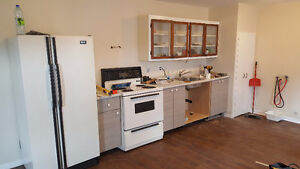 Bright 3-bedroom 1 block from Lionel Groulx