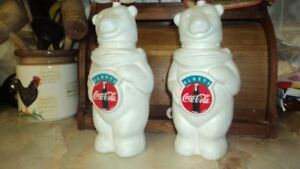 32 oz Polar Bear Beverage Containers From Early 90s