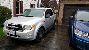 2008 Ford escape xlt v6  awd SOLD