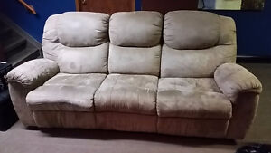 MICRO FIBRE  Couch & Loveseat With 4 Recliners