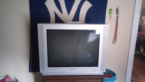 Selling samsung tv