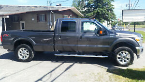 2015 Ford F-250 LARIAT - 6.2 litres