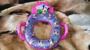 Singing Minnie Mouse Toilet Seat