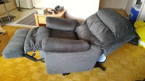 Elran Motorized/Electric Lift Chair and Recliner