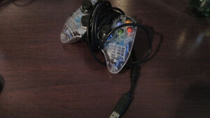 Manette XBOX 360 (officiel, compatible PC)
