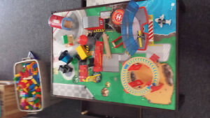 Thomas the Tank Engine table set - super Christmas gift! Gatineau Ottawa / Gatineau Area image 2