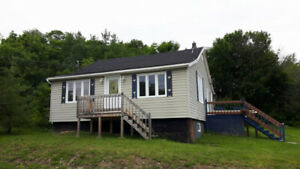 3 Bedroom house for Nov 1, NO pets, located in Campbellton