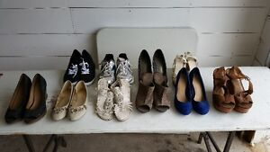 ASSORTED WOMENS SIZE 10 SHOES FOR SALE - 10 PAIRS