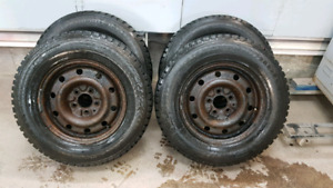 4 winter tires /pneu d'hiver jeep 205/75